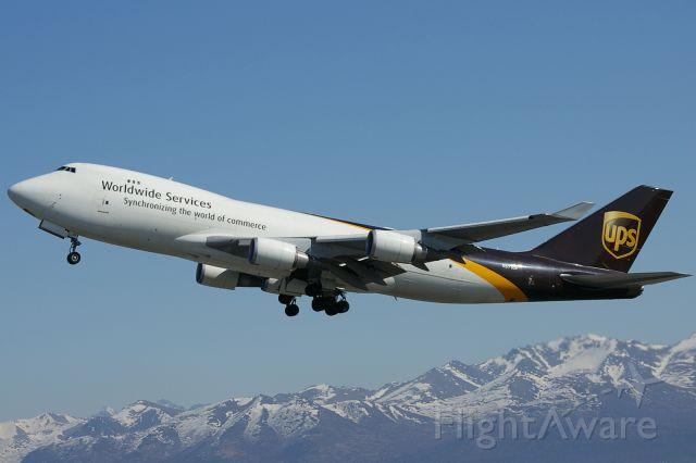 Boeing 747-400 (N571UP)