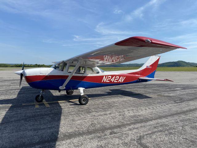 Cessna Skyhawk (N242AV) - May 19, 2021