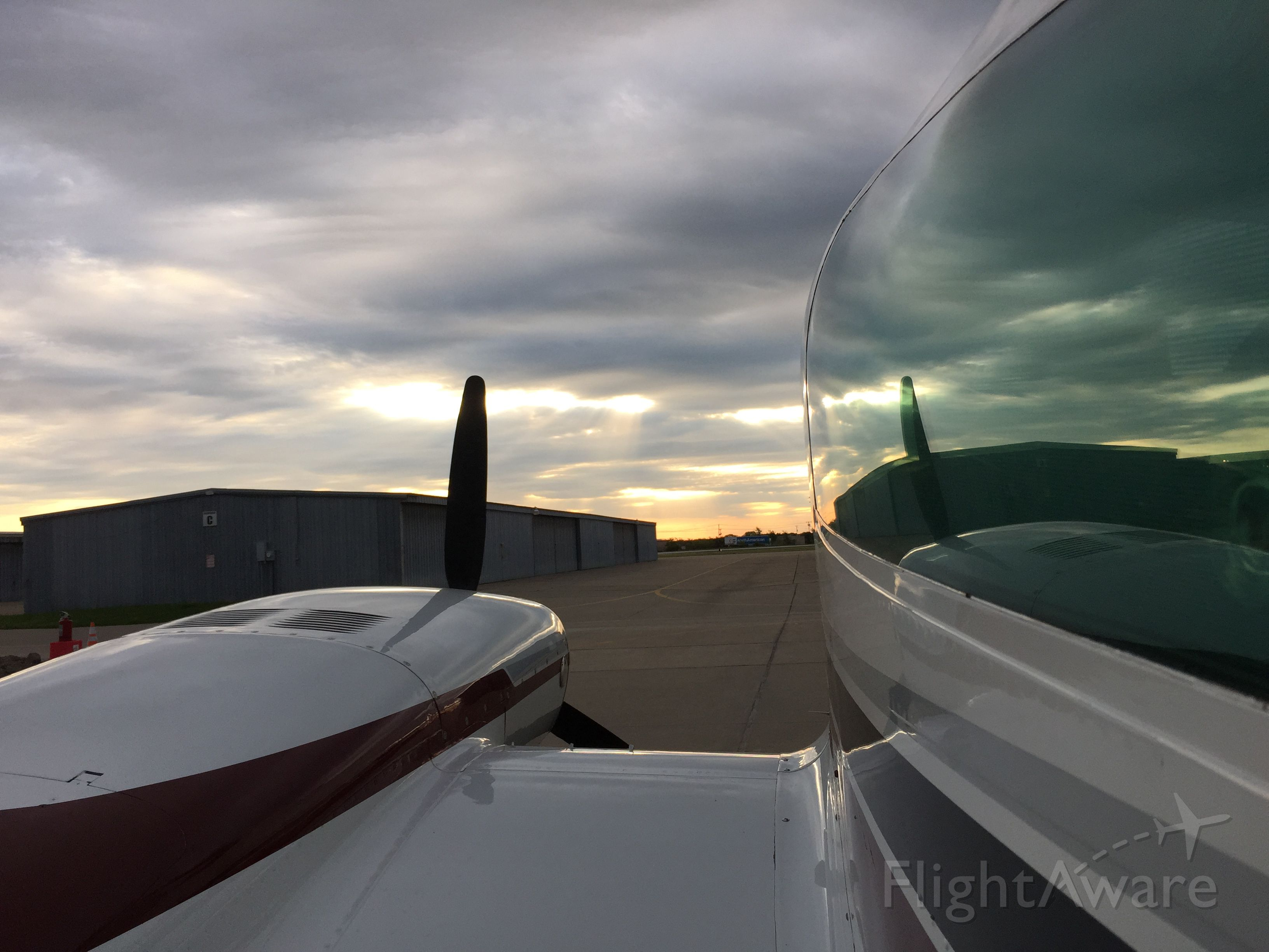 Cessna 310 (N400DP) - another beautiful morning to fly