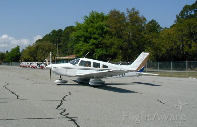Piper Cherokee (N2941U)