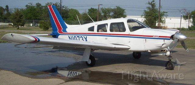 Piper Cherokee (N1073X)