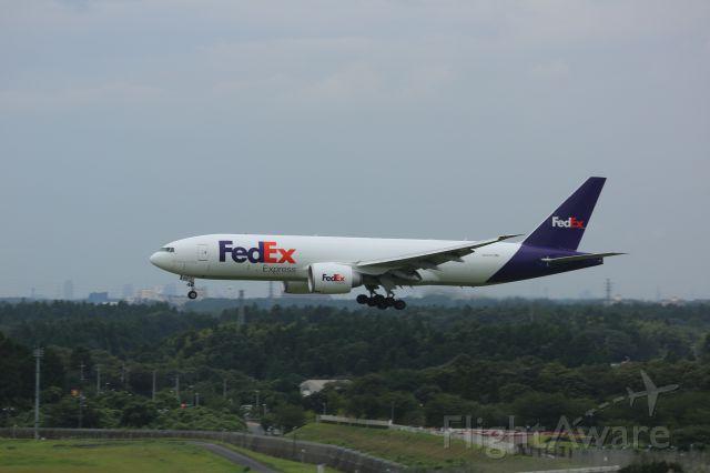 Boeing 777-200 (N851FD)