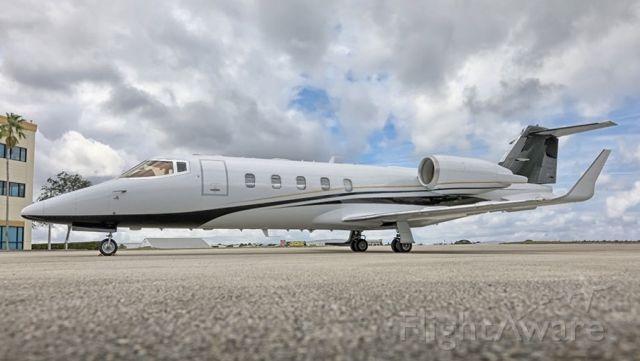 Learjet 60 (N722BD)