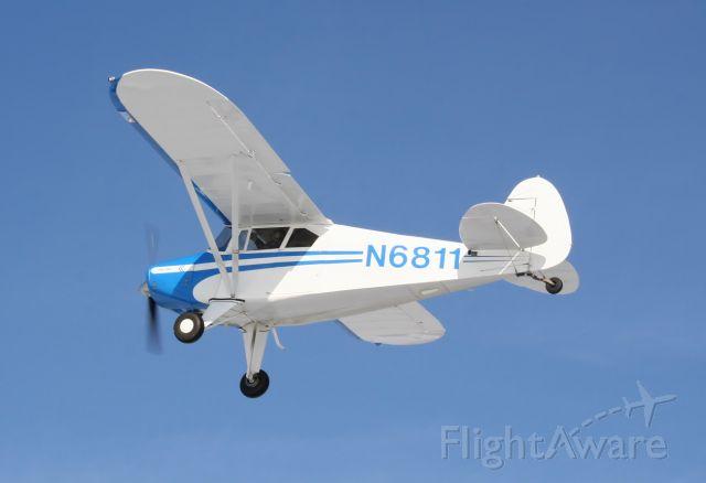 Piper PA-20 Pacer (N6811) - Departing runway 32 at 7B2