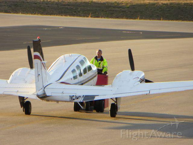 Beechcraft Baron (58) (N21DA)