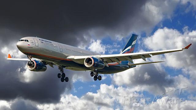 Airbus A330-300 (VP-BDD)