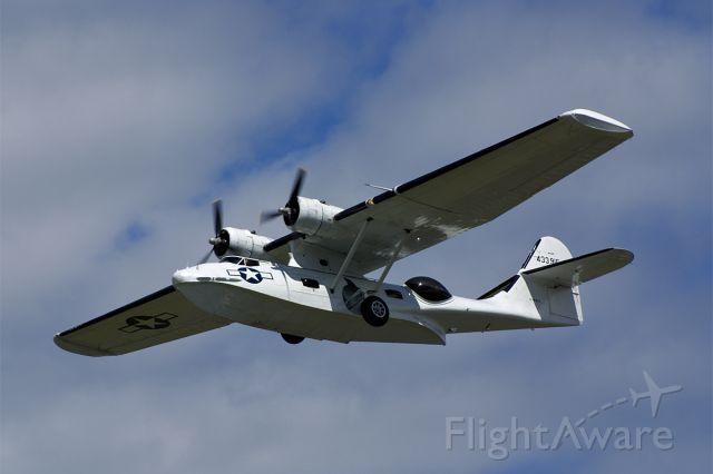 de Havilland Dash 8-400 (G-PBYA)