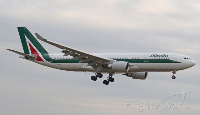 Airbus A330-200 (EI-EJK) - Imaged on 1/13/12