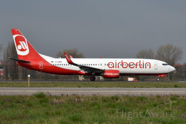 Boeing 737-800 (D-ABMQ)