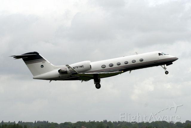 Gulfstream Aerospace Gulfstream IV (N757MC) - Departing rwy 08 heading for EHAM on 17-May-09.