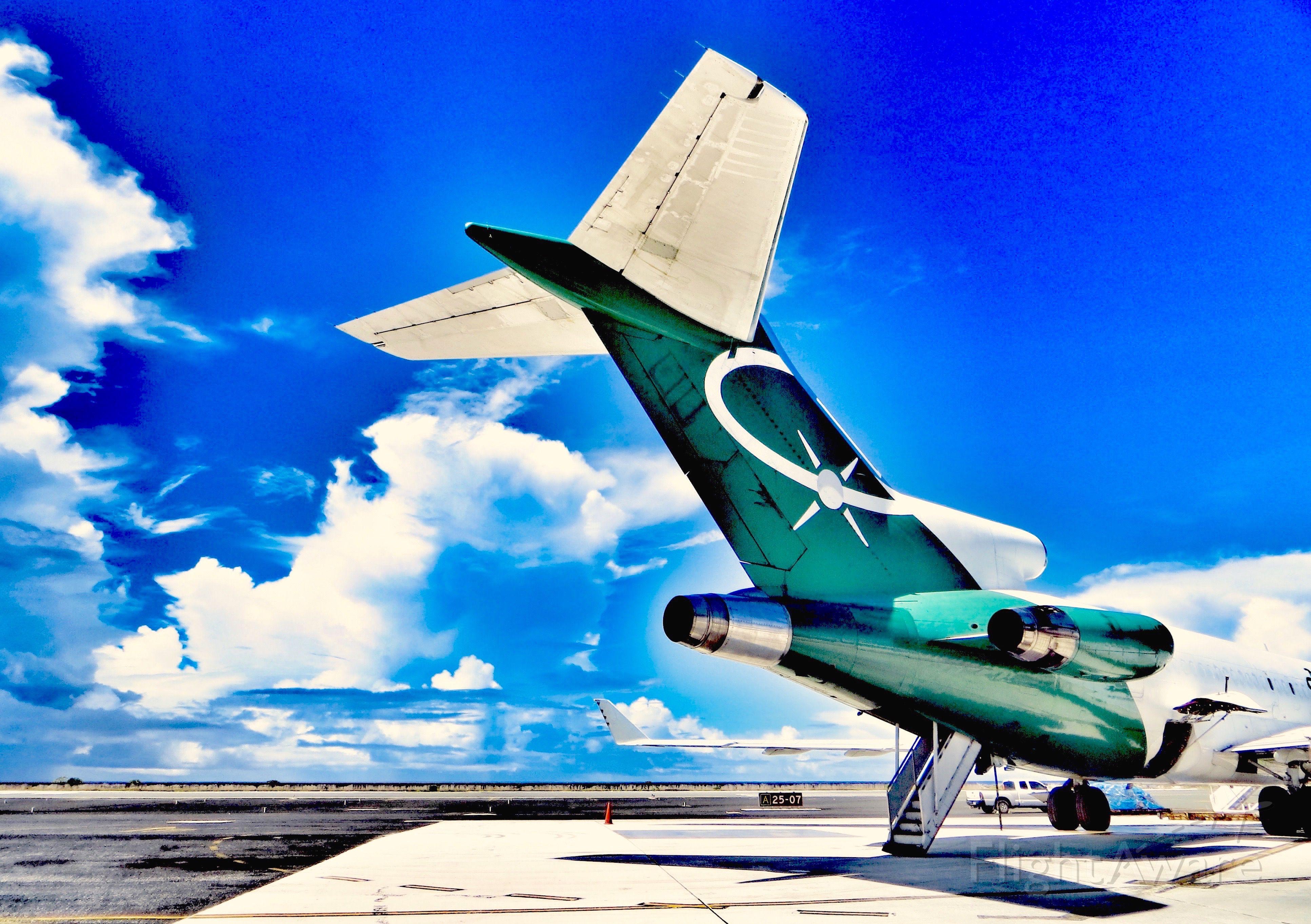 BOEING 727-200 (N705AA)