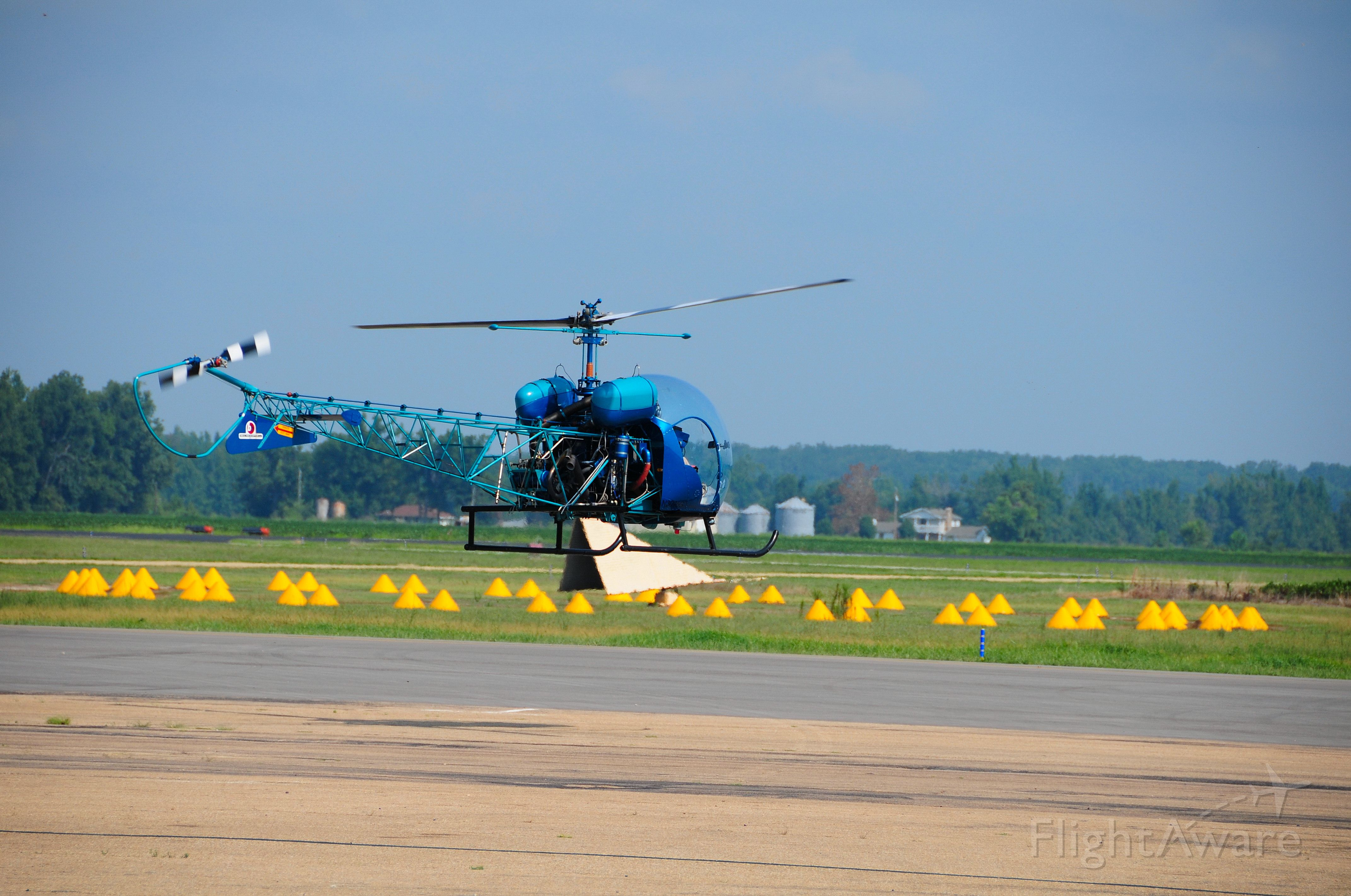 N3096G — - Bill Schrum Stopped in for fuel and was departing southbound in Blue Thunder.
