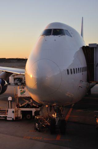 Boeing 747-400 (N663US) - 2013/1/4