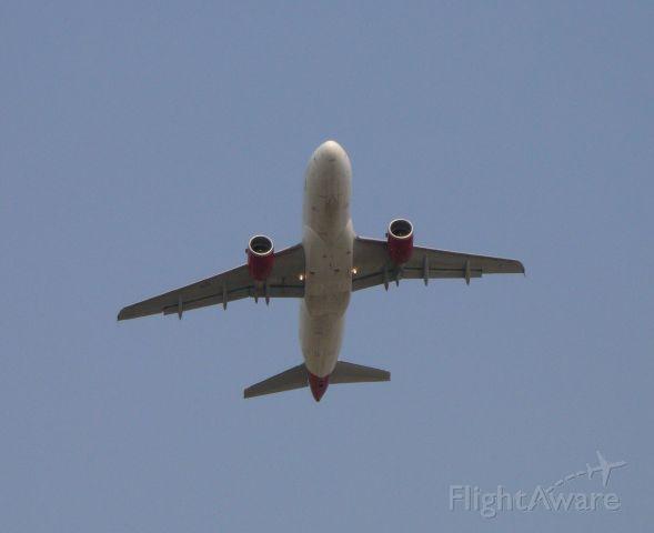 "Airbus A319 — - Virgin America ""Redwood"" 1877 off of runway 27 starting it"