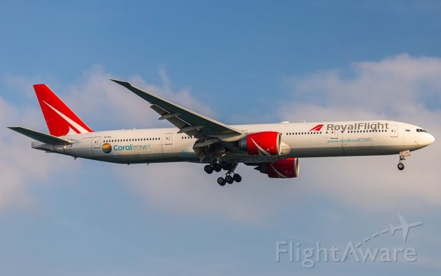 BOEING 777-300ER (VQ-BGL)