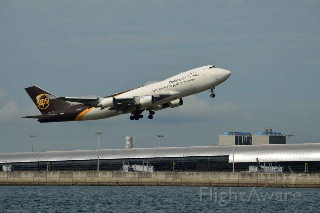 Boeing 747-400 (N572UP)