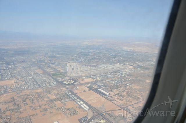 McDonnell Douglas MD-83 (N864GA) - Getting ready to land at Las Vegas.