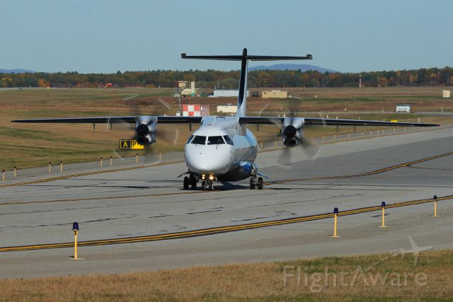 95-3058 — - Hound 95 taxis on Alpha to runway 34
