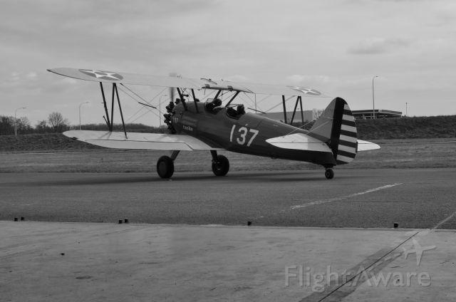 Cessna Skyhawk (N137)
