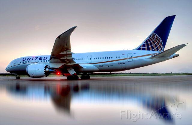 Boeing 787-8 (N20904) - Special flight UAL 787