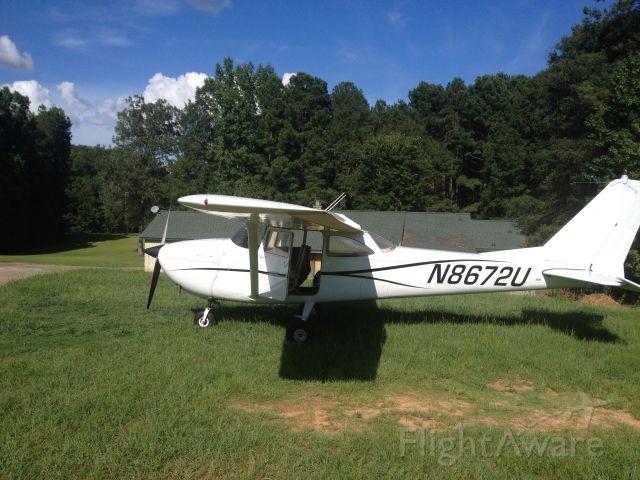 Cessna Skyhawk (N8672U)