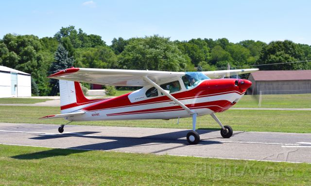 Cessna Skywagon 180 (N9448C) - Cessna 180 N9448C in Brighton, MI