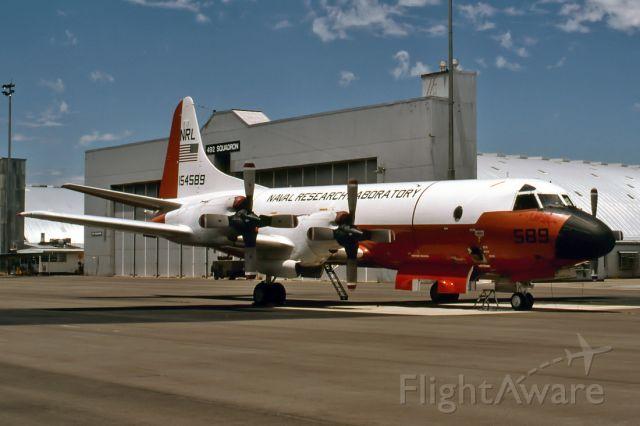 15-4589 — - USA - NAVY - LOCKHEED NP-3D ORION - REG : 154589 / NRL-589 (CN 185-5270) - EDINBURGH AIR FORCE BASE ADELAIDE SA. AUSTRALIA - YPED (17/12/1995)