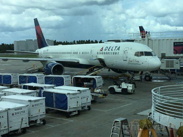 Boeing 757-200 — - Just got off flight 897 Atl-Mco