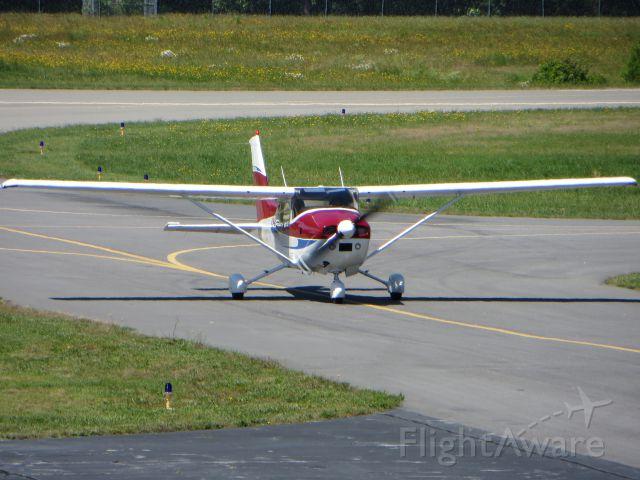 Cessna Skylane (N1657M)