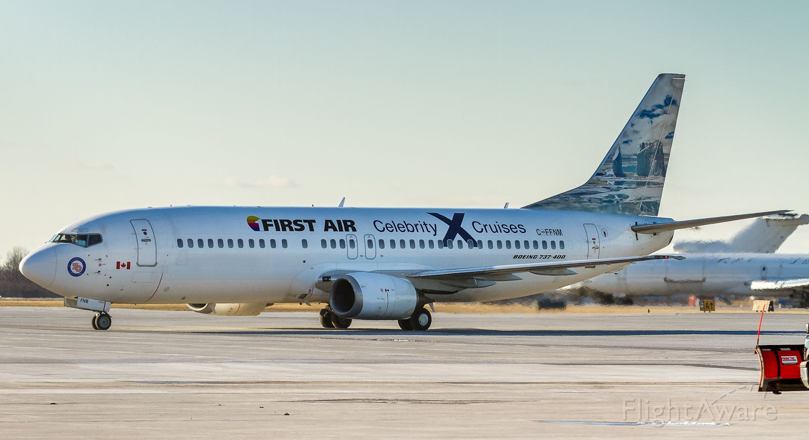 BOEING 737-400 (C-FFNM) - FAB6301 arrives into Hamilton from Ft. Lauderdale bringing Celebrity cruise patrons back to cooler climes!