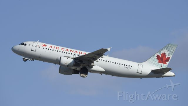 Airbus A320 (C-FDCA) - Departing LAX on 25R