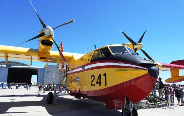 Canadair CL-415 SuperScooper (C-GQBC) - QUE241