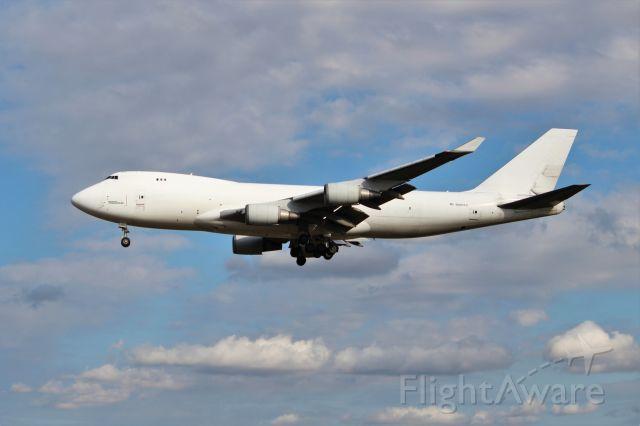 BOEING 747-8 (N407KZ)
