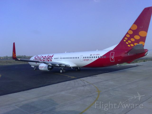 Boeing 737-700 — - Spicejet