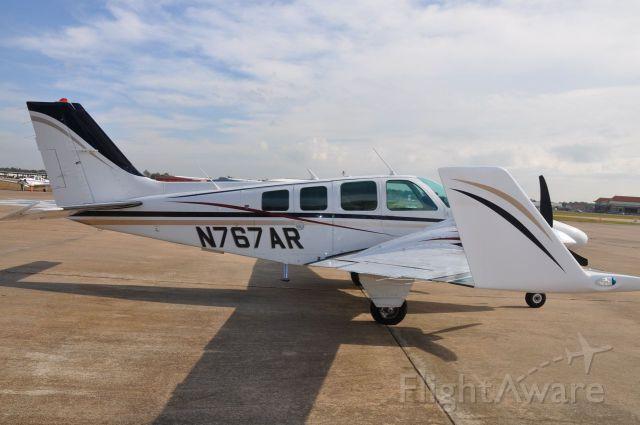 Beechcraft Baron (58) (N767AR)