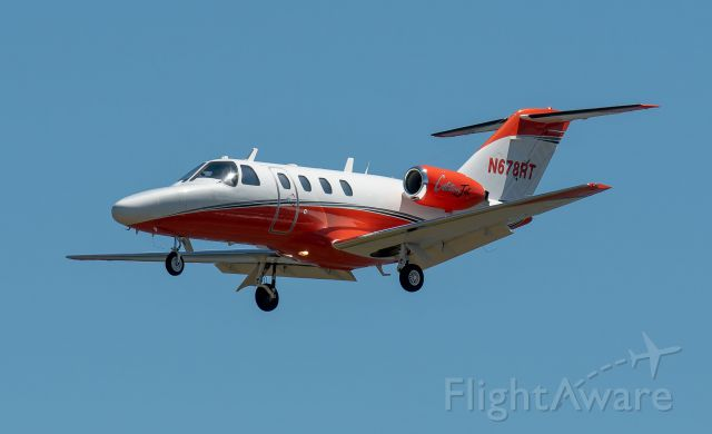 Cessna Citation CJ1 (N678RT) - by Mike Sut