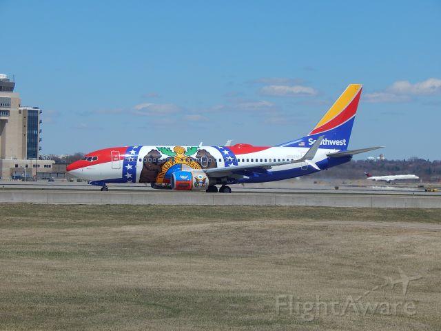 — — - Southwest Airlines Missouri flag edition. Minneapolis, MN 4/28/18