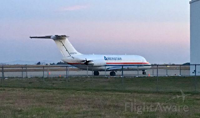 Douglas DC-9-10 (N785TW) - Just before sunrise!