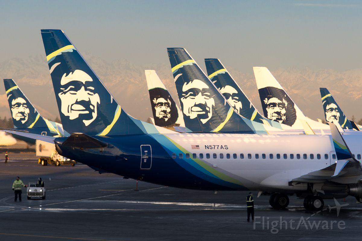 Boeing 737-800 (N577AS) - Ever feel like you