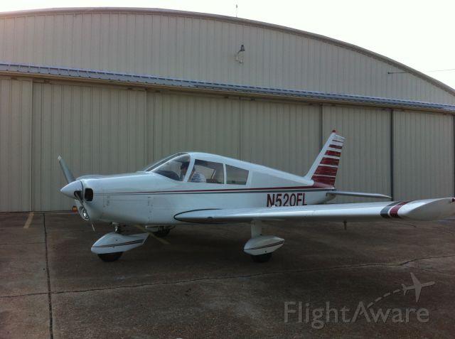 Piper Cherokee (N520FL)
