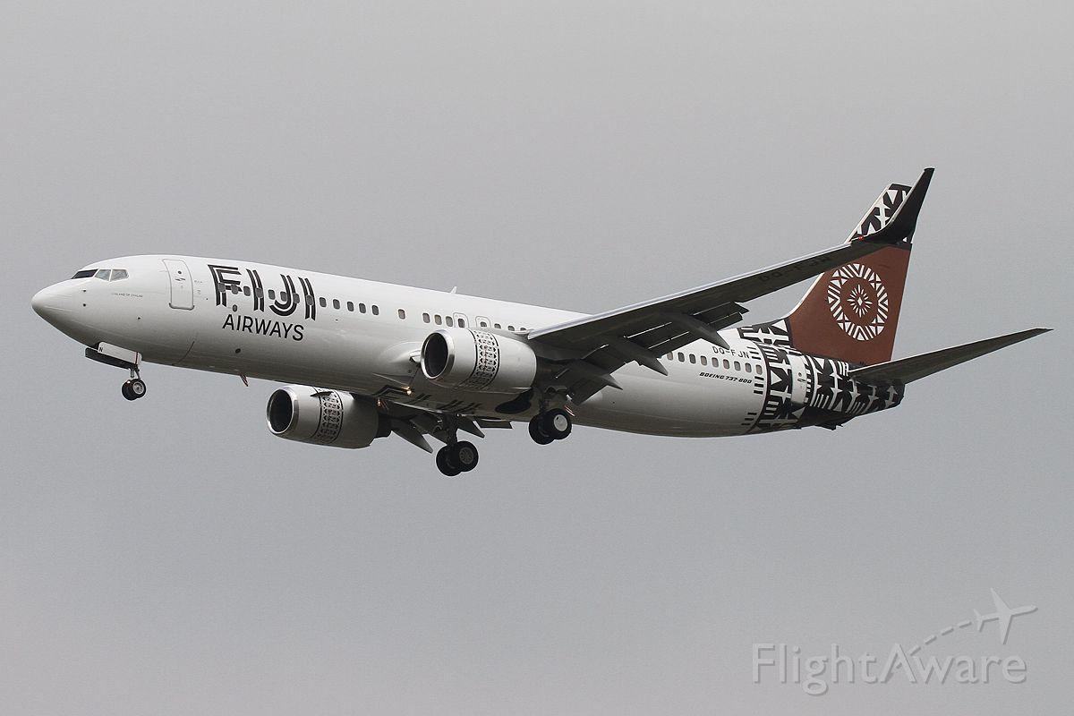Boeing 737-800 (DQ-FJN)