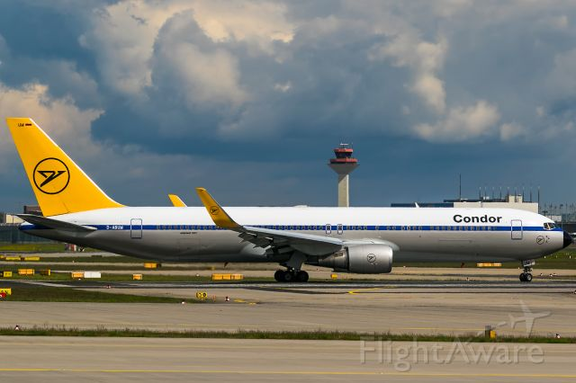 BOEING 767-300 (D-ABUM) - April weather, sun, rain, snow, storm, clouds, all on one day