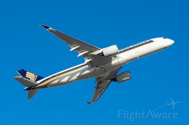 Boeing 787-9 Dreamliner (9V-SHD)
