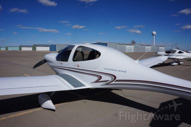 Diamond Star (N415AM) - 100$ hamburger run to Kansas for a Diamond fly in.