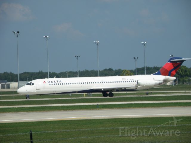 Douglas DC-9-10 (N776NC)