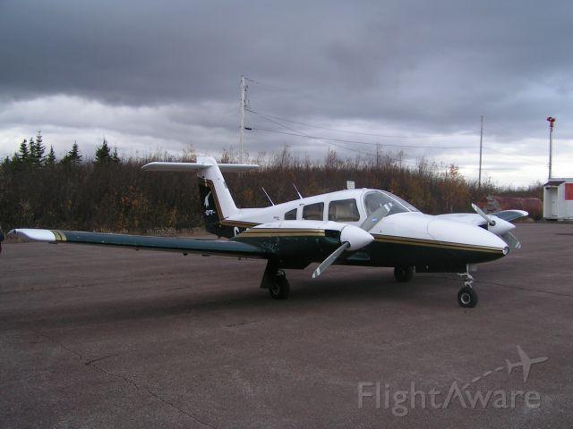 Piper PA-44 Seminole (C-GLKT) - Sittin pretty @ CCP2