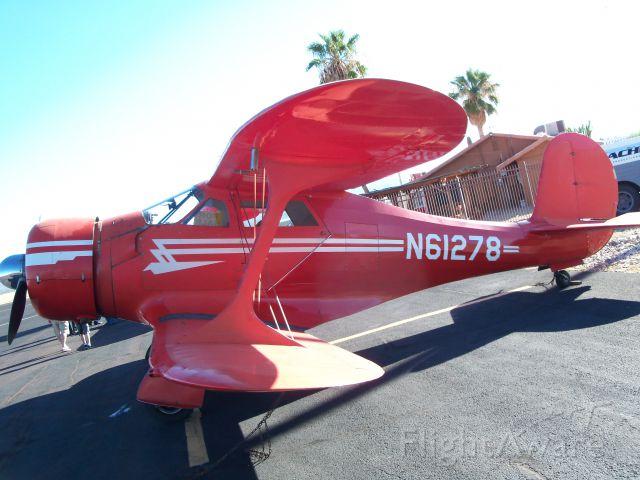 Cessna Skyhawk (N61278) - i tilted the camra