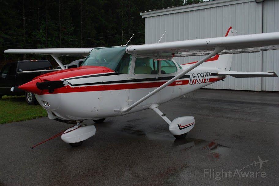 Cessna Skyhawk (N766TW)