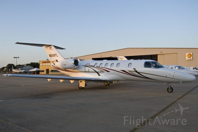 Cessna Citation CJ4 (N615PL)