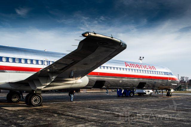 McDonnell Douglas MD-82 (N501AA)
